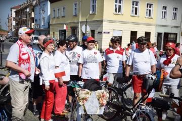 03.05.2018 r. Grupa słuchaczy OUTW brała udział w XIX Rajdzie Rowerowym - BIAŁO CZERWONYM z okazji 100 - lecia ODZYSKANIA  niepodległości.