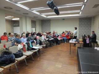 05.11.2018 r. Wspólne śpiewanie pieśni patriotycznych w wykonaniu  sekcji piosenki biesiadnej i chóru.