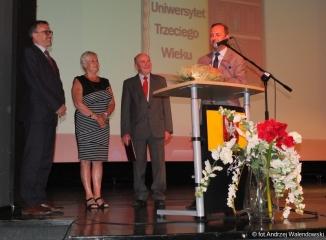 06.06.2017 r. Dzisiaj studencki Oleśnickiego Uniwersytetu Trzeciego Wieku w Oleśnicy zakończyli kolejny 9 rok akademicki.