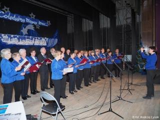 """08.01.2020 r. Chór """"CANORUS"""" z OUTW  brał udział w koncercie """"Kolędujemy wszyscy wraz"""" w  Ząbkowicach Śląskich."""
