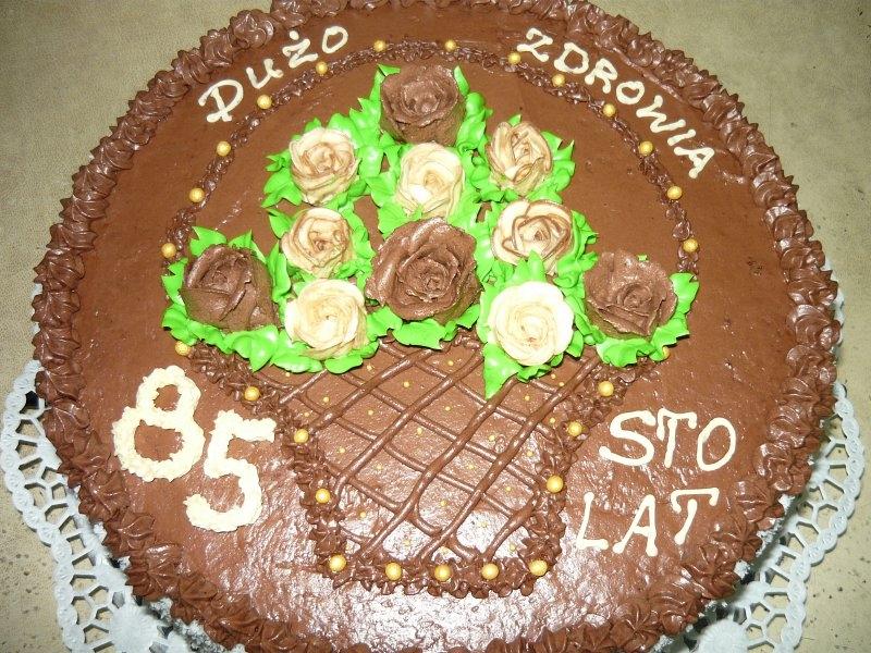 tort-urodzinowy-na-85-lat