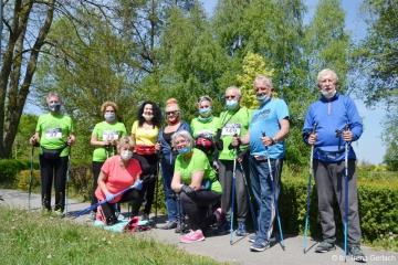 08.05.2020 r. Pomimo trwającej epidemii koronawirusa sympstycy sekcji Nordic Walking, spotkali się na kolejnych zajeciach.