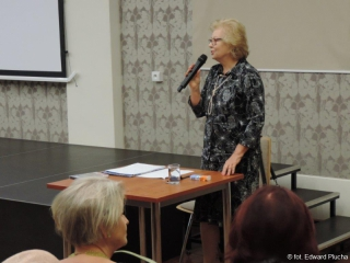 16.10.2019 r.  Ewa Michnik (była dyrektor Opery Dolnośląskiej) zapoznała słuchaczy z życiem i twórczością Stanisława Moniuszki.