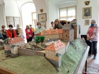 18.09.2020 r. 1 DZIEŃ - wyjazd do zabytkowego miasteczka BECOV nad TEPLOU z kompleksem zamkowo-pałacowym, składającym się z gotyckiej twierdzy, barokowego zamku i renesansowego pałacu.