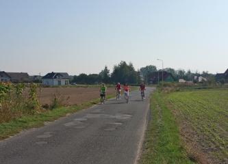 20.09.2018 r. Wytrwali sympatycy sekcji rowerowej na szlaku rowerowym okolic Oleśnicy