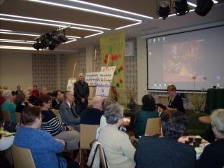 21.11.2016 r. Wieczorek poetycki i wystawa szopek wykonanych przez słuchaczki OUTW z sekcji robótek ręcznych.