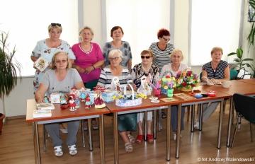 28.05.2018 r. Sekcja robótek ręcznych i ich wystawa prac w holu biblioteki przy ulicy Reja.