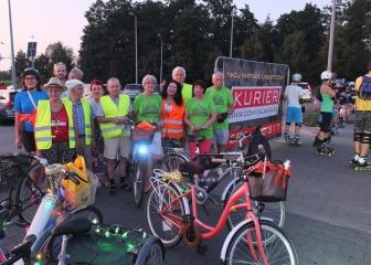 31.08.2019 r. Grupa słuchaczy OUTW wybrała się na wspólną nocną przejażdżkę rowerową ulicami miasta Oleśnicy.